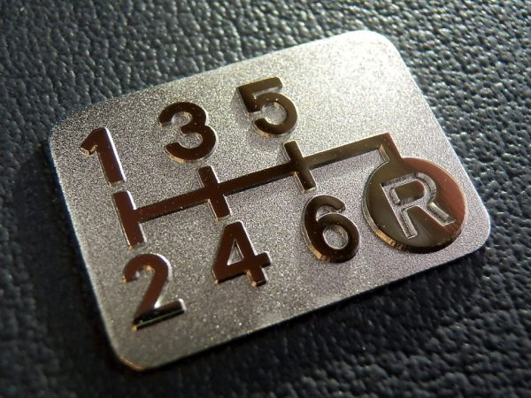 メッキ6MT シフトパターン プレート 右下R 6速マニュアル車用 S660 JW5 GK5 RS FK5 FK8 CR-Z ZF1 ZF2 FD2 FN2 DC5 AP1 AP2 CL7 ZC32S ZC33S_メッキ6MTシフトパターン右下R b