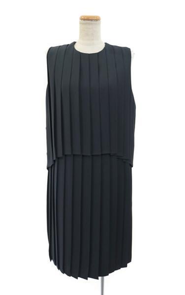 AKIRA NAKA(アキラナカ) プリーツドレス (NV) #38 新品_マネキンは9号サイズです。