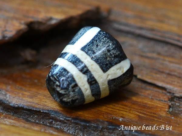 ●わくわく とんぼ玉★即決!チベットジービーズ古代護符石 老天珠2【送料無料】