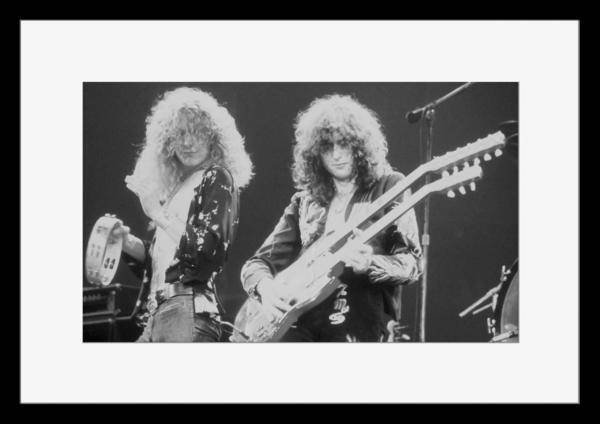 BW:UK人気ロックバンド/レッド・ツェッペリン/.Led Zeppelin/モノクロ写真フレーム-1