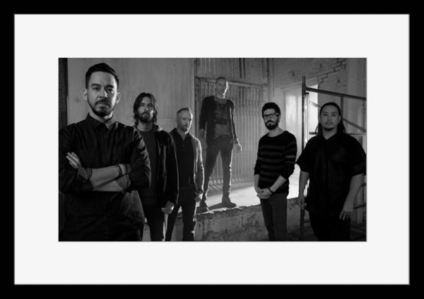 BW:人気ロックバンド!リンキン・パーク/Linkin Park/チェスター・ベニントン/Chester Benningtonモノクロ写真フレームマット付-19