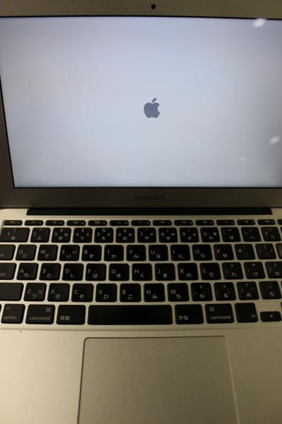 MacBook Air (11-inch, Mid 2011) apple アップル すぐ使えます_画像2