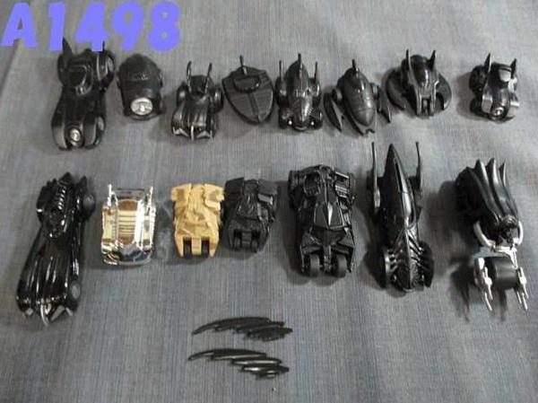 A1498T 【 送料一律450円 】バットマン ミニカー 15台セット グッズの画像