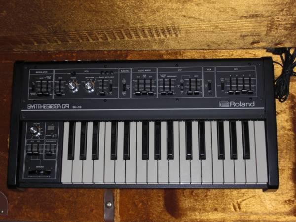 ローランド Roland SH-09 極上美品! アナログシンセサイザー 新同 デッドストック! 激レア Analog Synthesizer 名機 SH-1と殆ど同スペック!_画像1
