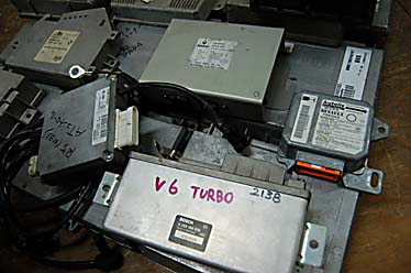 「5.21ターボ.ラグナ.トゥインゴ、ルーテシア コンピューター ECU (ルノー コンピュータ)」の画像