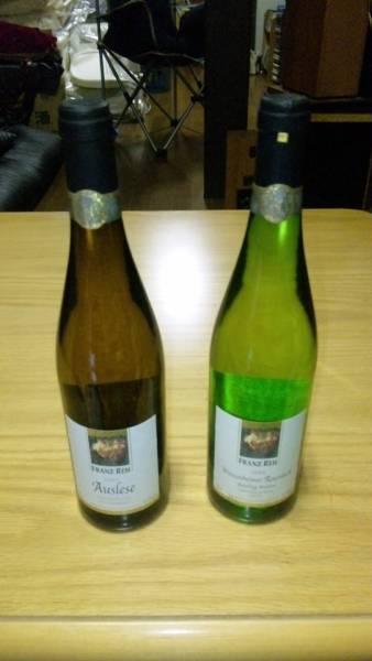 希少品ビンテージ ラインヘッセンアウスレーゼ2009_左側のワインです