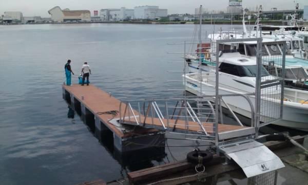 「浮桟橋 ポンツーン 【検 クルーザ モーターボート ヨット】」の画像1