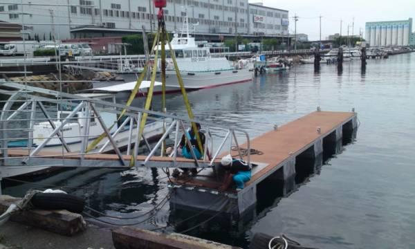 「浮桟橋 ポンツーン 【検 クルーザ モーターボート ヨット】」の画像2