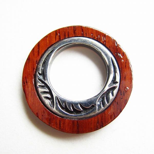 ペンダントトップ メンズ シルバー 925 新品 送料込 銀と木製リング型 (170-1)_画像1