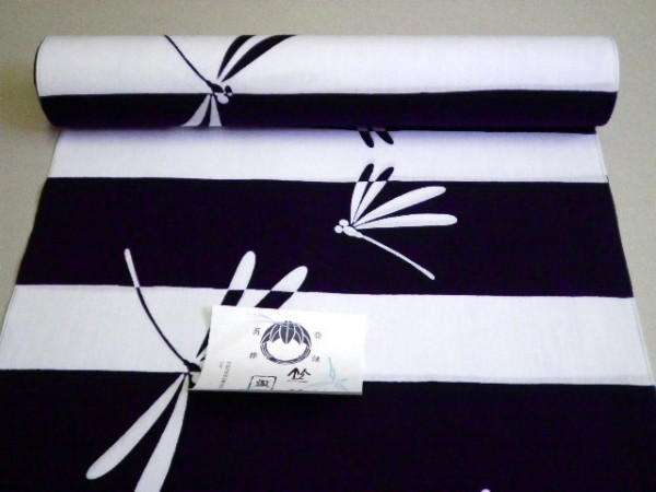 特価バーゲン 現物限り 竺仙浴衣反物「コーマの地染 濃紺地に白横段 とんぼ」ちくせん 紺白 蜻蛉ゆかた_画像2