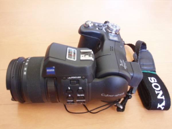 S007-22-3 SONY製超小型デジタル一眼 Cyber-shot DSC-F828