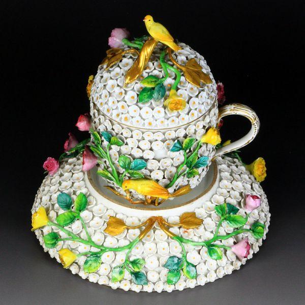 古マイセン 貼り花装飾 スノーボール 蓋付き カップ&ソーサ 19世紀 美術館御用達 超高額 1級作品