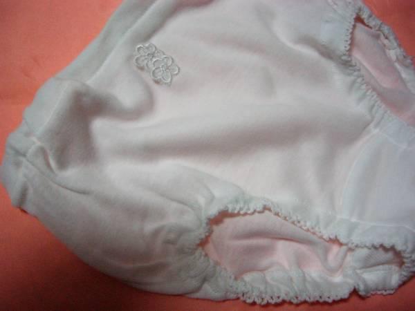 女児 女の子 ショーツ グンゼ KG 白地に刺繍花 可愛い 清純 清潔感ある 外袋付き 未使用_画像3