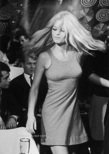 Brigitte Bardot ブリジット・バルドー モノクロ フォト 3枚付き