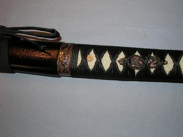 模造刀 鍔無 鞘黒石目 柄樹脂黒糸レーヨン めずらしいです_画像3