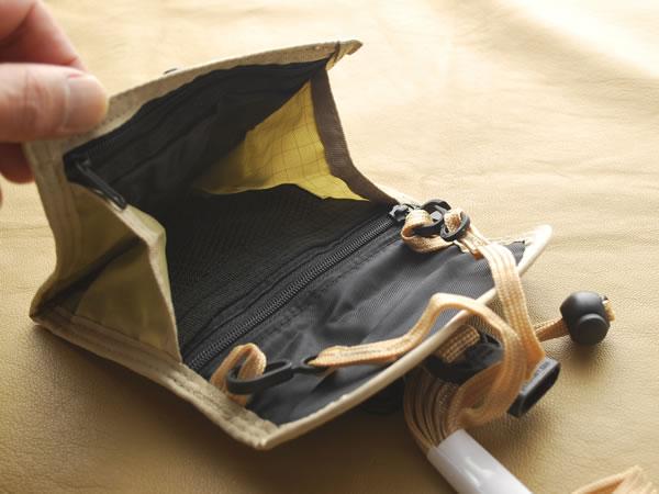 【新品】携帯に便利なミニポーチ(財布) ベージュ_画像1