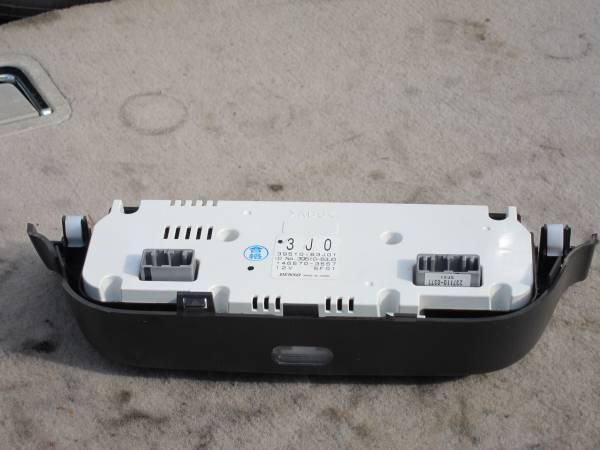 H17 DBA-ZC11S スイフト オートエアコン 操作パネル 39510-63J01_下1箇所爪折れあります
