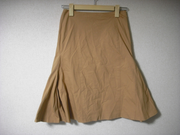 バーバリー ブルーレーベル スカート サイズは36_画像1