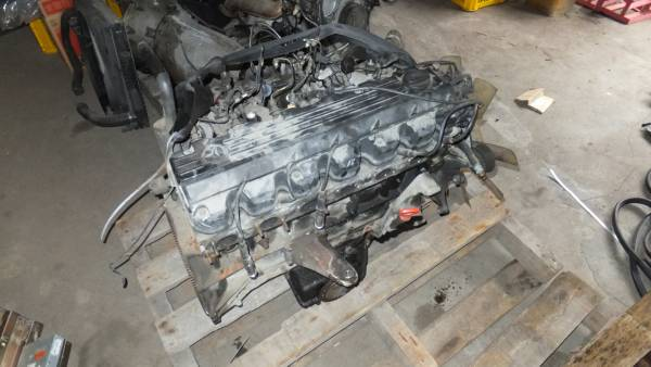 Mercedes Benz W124 300E 4 matic engine : Real Yahoo auction salling