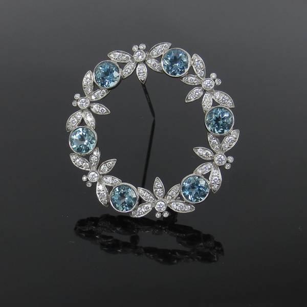 《Tiffanyティファニー 6ctダイヤモンド等》プラチナブローチ