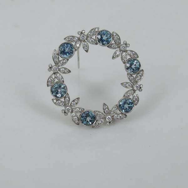 《Tiffanyティファニー 6ctダイヤモンド等》プラチナブローチ_画像2