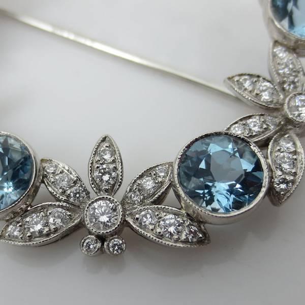 《Tiffanyティファニー 6ctダイヤモンド等》プラチナブローチ_画像3