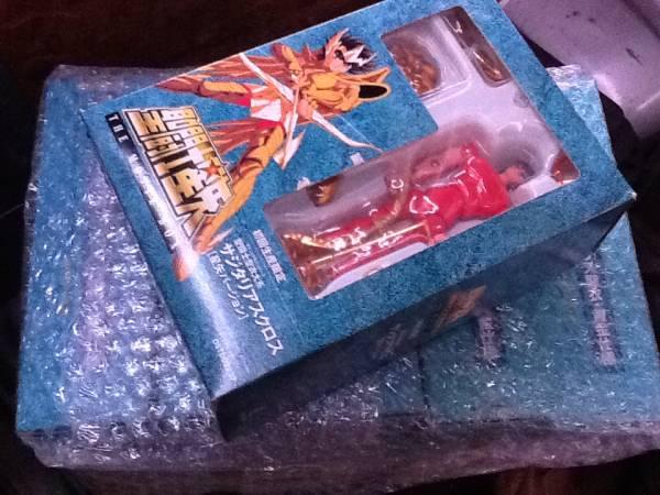 初回国内限定生産 聖闘士星矢 THE MOVIE BOX フィギュア付き グッズの画像
