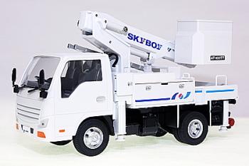 新品ミニチュア1/32 タダノTADANO通信工事用高所作業車AT-100TT_画像1