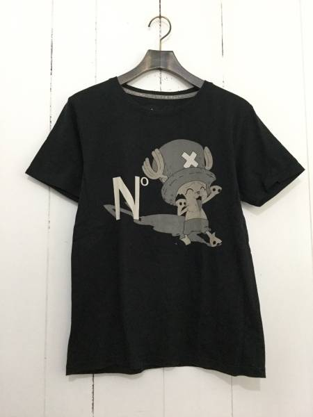 N° ONE PIECE チョッパー 半袖 Tシャツ 黒 ワンピース E6_画像1
