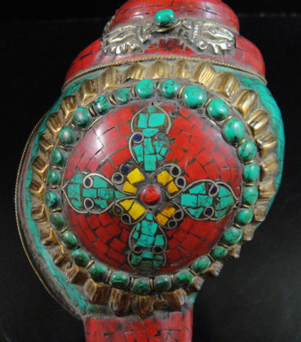 ◆チベット密教法具 法螺貝(シャンカ)羯磨(カツマ)A