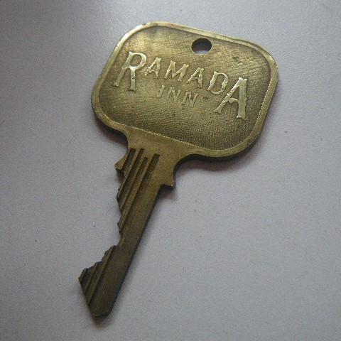 ビンテージ Ramada Inn キー #305_画像1