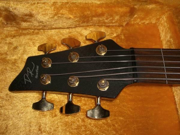 交換可●Heartfield DR-6C 極上 Fender USA 6弦ベース Fujigen
