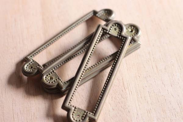 【merci】C*フランスアンティーク 真鍮ネームタグ4枚セット/ 鋳物 建具 アトリエ 店舗 什器 カフェ DIY_画像3