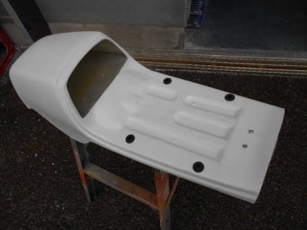 CB400F FRPシングルシート カフェレーサー_画像3