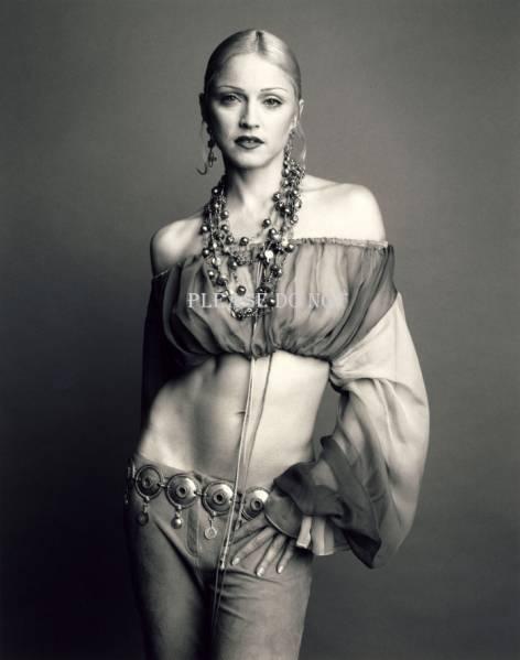 マドンナ Madonna モノクロ アートフォト 六つ切りサイズ ライブグッズの画像