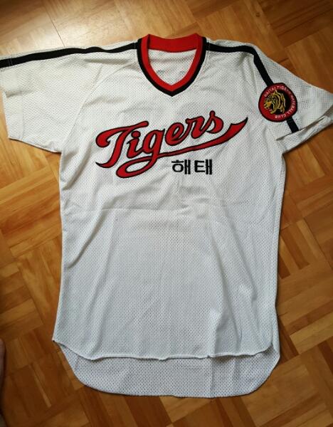 韓国プロ野球 ヘテ-タイガース 実使用ユニフォーム #23