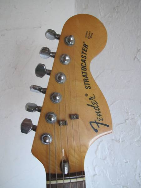 Fender Japan Stratocaster Aシリアル