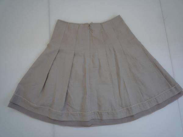 【お買い得!】 ◆ フレアスカート ◆ グレー 膝丈 61-89 プリーツ_画像2