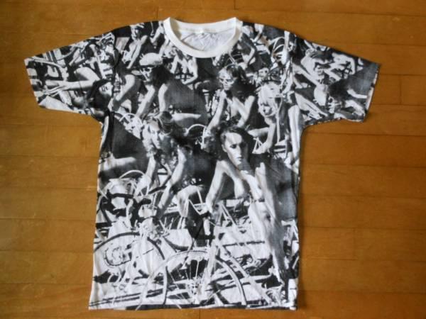 ★クイーン <バイシクル レース >ヌード自転車レース/World Naked Bike Ride≪総柄!≫Tシャツ