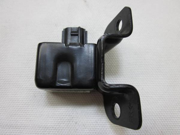 ラパン HE21S  MRワゴン 後期 エアバック エアバッグ エアーバック センサー 38930-73H0 187600-5050 管理番号(X-378)_画像1