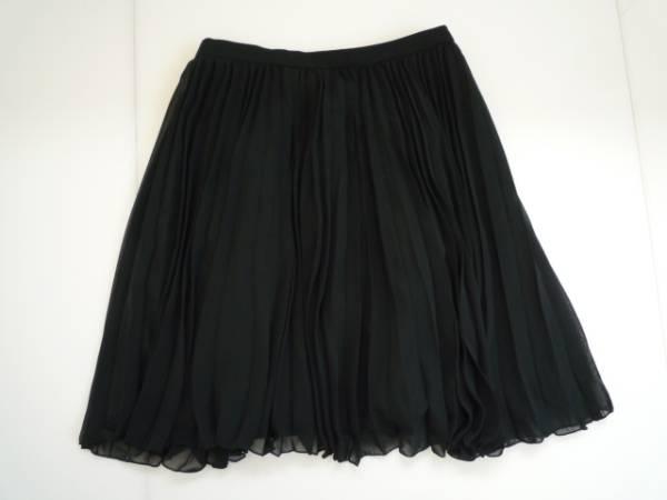 【お得!!】◆QUEENS COURT◆ プリーツスカート 黒 1 膝丈 無地_画像1