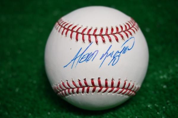 ホワイトソックス アレクセイ・ラミレス 直筆サインボール MLB球 グッズの画像