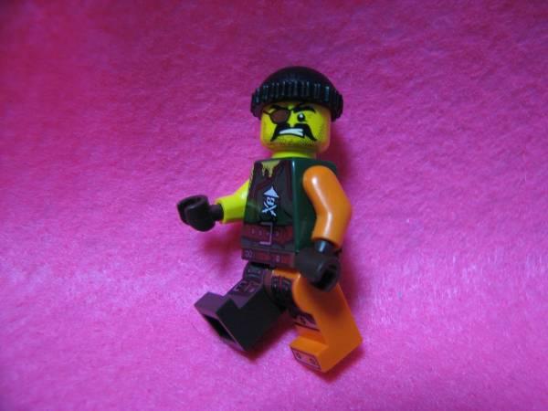 ☆レゴ-LEGO★フィグ★眼帯の強面海賊★足色違いレア美品★USED_画像3