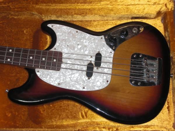 交換可●Fender Mustang Bass 美品 ムスタングベース フェンダー