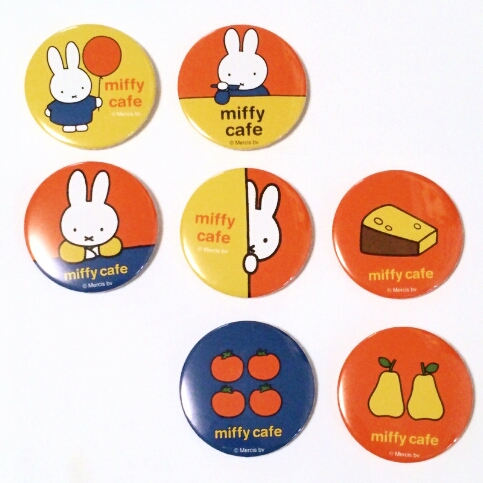 miffy cafe ミッフィーカフェ 缶バッジ 7種類 限定カプセル グッズの画像