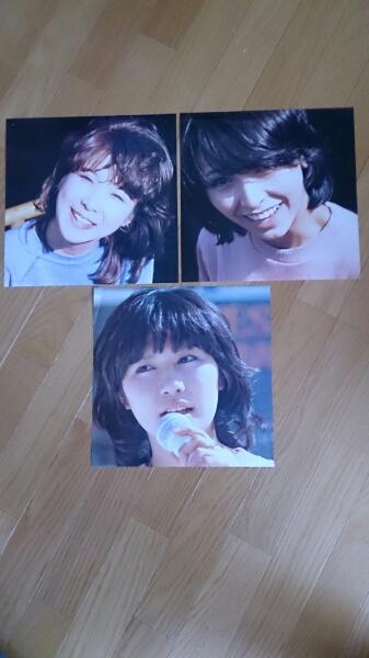 キャンディーズ LPサイズ三枚ピンナップ貴重! ライブグッズの画像