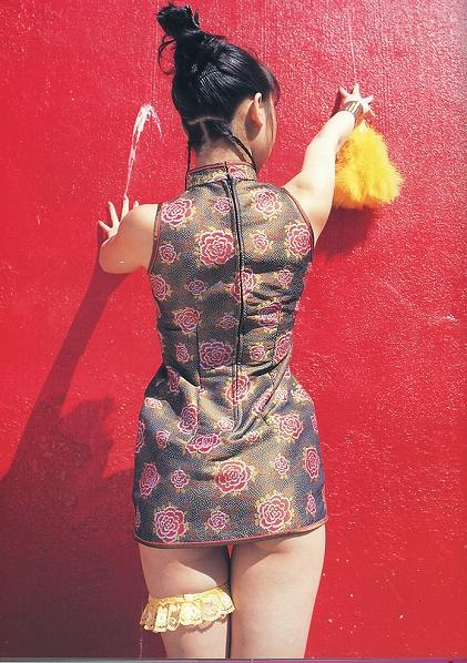 洋服が素敵な栗羽美来さん