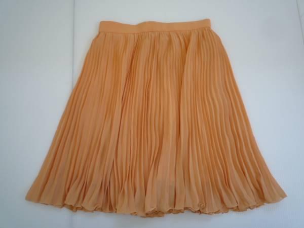 【お買い得!】 ◆ プリーツスカート ◆ オレンジ 無地 膝丈