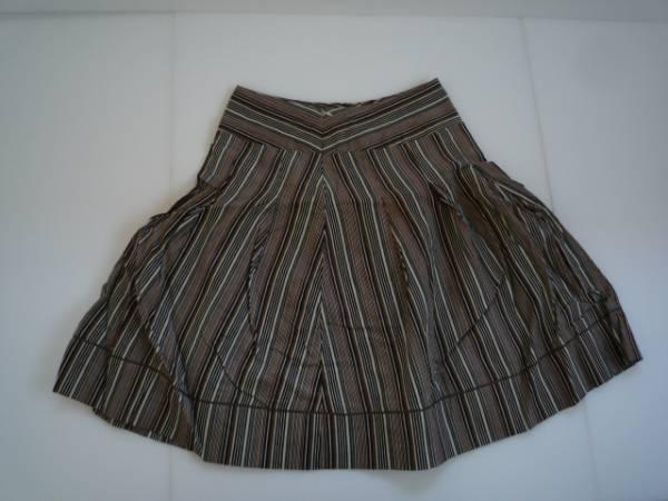 【良品!!】●OLIVE des OLIVE● フレアスカート 茶色系 膝丈_画像2