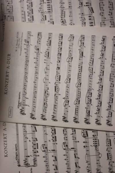 モーツァルト:バイオリン協奏曲第5番KV 219 ペータース社ピアノ伴奏付ソロ楽譜/マルトー編_画像2